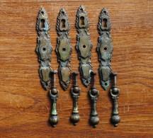 CUPBOARD DROP HANDLES Industrial art VICTORIAN Antique Furniture 4 Anciennes Entrees de Serrure en laiton pour Meuble