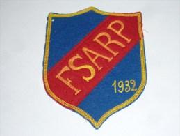 AVIRON BLASON FAIT MAIN - FSARP 1932 - RARE - COQ FRANCE ECUSSON TISSU SPORT BATEAU - Remo