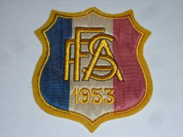 AVIRON BLASON FAIT MACHINE - FFSA 1953 - RARE - COQ FRANCE ECUSSON TISSU SPORT BATEAU - Aviron