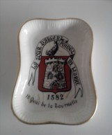"""Cendrier vintage """"La tour d'argent point de Leurre"""" en porcelaine"""