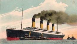 """Cpa  50  Cherbourg ,le Transatlantique """" Olympic """" De La White Star Line , Et Les Remorqueurs - Cherbourg"""