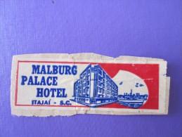 MISC HOTEL MOTEL MOTOR INN PENSION MALBURG PALACE ITAJAI BRAZIL MINI LUGGAGE LABEL ETIQUETTE AUFKLEBER DECAL STICKER - Etiketten Van Hotels
