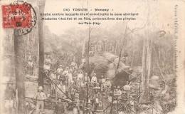 Cpa Tonkin Moncay Roche Contre Laquelle Etait Construite La Case Abritant Madame Chaillet - Vietnam