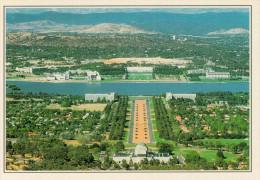 AUSTRALIA   CAMBERRA:  VEDUTA SUL TRIANGOLO PARLAMENTARE     (NUOVA CON DESCRIZIONE DEL SITO SUL RETRO) - Canberra (ACT)