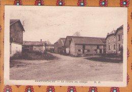 1 Cpa - 08 - Bertoncourt - Le Centre Du Village. - Otros Municipios