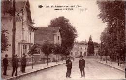 18 SAINT AMAND MONTROND - Avenue De La Gare. - Saint-Amand-Montrond