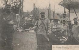 - CPA - HAUTE-ALSACE - STERNENBERG - Poilus à La Soupe - 015 - Guerre 1914-18
