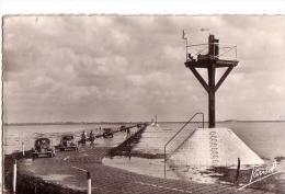 L'ILE DE NOIRMOUTIER: Passage Du Goïs Ou Goa (4 Cv Renault) - Ile De Noirmoutier