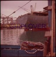 cargo fran�ais ERIC VIEILJEUX en 1970 (construction La Ciotat) - film positif 120 (6cmx6cm) - bateau/ship/schiff