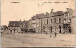 61 ATHIS - La Mairie Et La Place - Athis De L'Orne