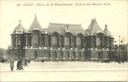 LILLE - Place De La République - Palais Des Beaux Arts                           -- ? 16 - Lille
