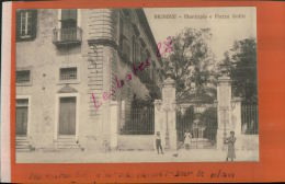 CPA  ITALIE  BRINDISI  Municipio E Piazza Sedile   AVR 2015  DIV  769 - Brindisi