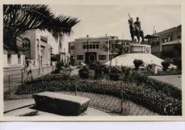 TLEMCEN--PLlace de 2�me chasseur -la caisse d��pargne--a voyag� en 1940-�dition r�al photo