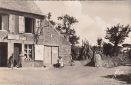 50 - SIOUVILLE - La Maison Lebourgeois. Epicerie, Mercerie, Débitant - Francia