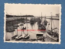 Photo ancienne - Port � identifier - Groupe de Bateau de P�che - Boat