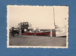 Photo ancienne - Port � identifier - Chargement d'une automobile sur beau bateau - Schollevaar Capelle ? - Boat