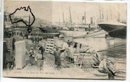 - 70 - ALGER - Les Quais du Port Marchand, super animation, cargos, tonneaux, non �crite, TBE, scans.