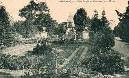 CPA PARTHENAY - JARDIN PUBLIC ET MONUMENT AUX MORTS - Parthenay