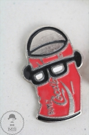 French Coke Tin/ Can With Glases - Coca Cola Advertising - Pin Badge #PLS - Coca-Cola