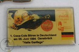 Deutch Coca Cola Advertising - Coca Cola Börse In Deutschland - Halle Gartlage - Pin Badge #PLS - Coca-Cola