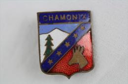 Old/ Vintage Chamonix France Ski/ Skiing Enamel Badge - Invierno