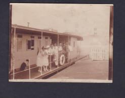 Photo Originale - Congo Belge - Kinshasa - Depart De Kira à Bord Du Sternwheeler Ambleve ( Animée Bateau 1927 ) - Afrique