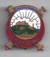 66 E Régiment D' Artillerie - Insigne émaillé Courtois - Non Classés