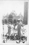 ¤¤   -  ITALIE   -   Carte-Photo  -  VENISE   -  Pigeons De La Place Saint-Marc     - - Italy