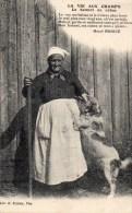 54Br    Vieille Paysanne Avec Son Baton Son Bonnet Et Son Chien épagneul Breton - Paesani