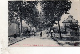 10  MESGRIGNY   La Route De Mery  D746    21/4/15 - Non Classés