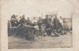 - CPA -  CARTE-PHOTO Militaire   - 009 - Regimenten
