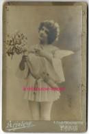 Grand CDV-(CAB) Jeune Femme En Tenue D'ange-actrice? Photo Arjalew Faubourg Monmartre à Paris - Fotos