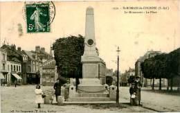 Belle CPA    -   St Romain De  Colbosc  - Le Monument , La Place       ,animée                  E1230 - Saint Romain De Colbosc