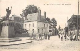 AIX-EN-OTHE RUE E. FURGON ANIMEE 10 AUBE - France