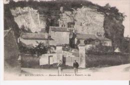 ROCHECORBON 13 MAISONS DANS LE ROCHER A VAUVERT 1918 - Rochecorbon