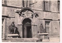 - 34 - MONTPELLIER: Entrée De La Faculté De Médecine - Statues De Lapeyronie Et Barthez -  Cpsm - - Montpellier