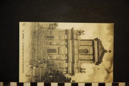 CP, 62, ARRAS Le Grand Portail De La Cathédrale N° 12 Vierge - Arras