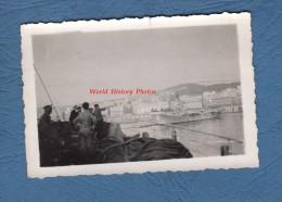 Photo ancienne - ALGER Alg�rie - Bateau militaire Porte Avions anglais Tromanche ? - Navire de Guerre - TOP RARE