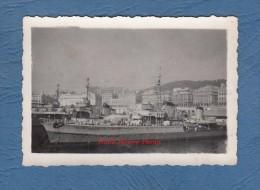 Photo ancienne - ALGER ( Alg�rie ) - Navire de Guerre au Port - Bateau militaire Le Malin , Le Terrible , Le Hoche