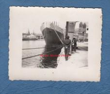 Photo ancienne - MARSEILLE ( Bouches du Rhone ) - Bateau Le Djebel Amour au port - 1947 - Paquebot