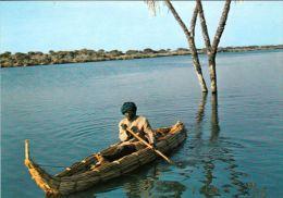 1 AK Tschad * R�publique du Tchad * mit einer Piroge auf dem Tschad See - IRIS Card *