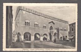 1939 TREVISO PIAZZA INDIPENDENZA PALAZZO DEI TRECENTO FP V SEE 2 SCANS ANIMATA - Treviso