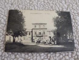 A280. CPA. 30. BELLEGARDE. (GARD) Les Ecoles.   Beau Plan Animé.   écrite & Voyagée 1934 - Bellegarde