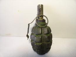 grenade russe d�fensive 2�me guerre mondiale  totalement inerte