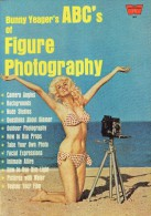 A WHITESTONE - N° 54 - Bunny Yeager's - ABC's Of FIGURE PHOTOGRAPHY      (3944) - Photographie