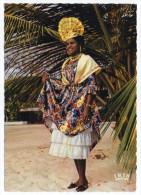 ANTILLES--Jeune Antillaise En Costume Local (coiffe),cpsm N° 229 éd IRIS--Antilles Touristiques--Belle Carte - Costumes
