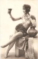 Érotique, Érotica, Erotic - FEMME NUE, SEINS NUS - Beauté Féminine D'autrefois < 1920