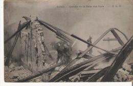 PARIS INCENDIE DE LA HALLE AUX CUIRS (POMPIERES A L'OUVRAGE) - Sapeurs-Pompiers