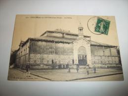 2zkpq- CPA N°415 - COULONGES SUR L'AUTIZE - Les Halles - [79] - Deux-Sèvres - Coulonges-sur-l'Autize