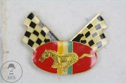 Horse Racing - Ford Mustang ? - Pin Badge #PLS - Pin